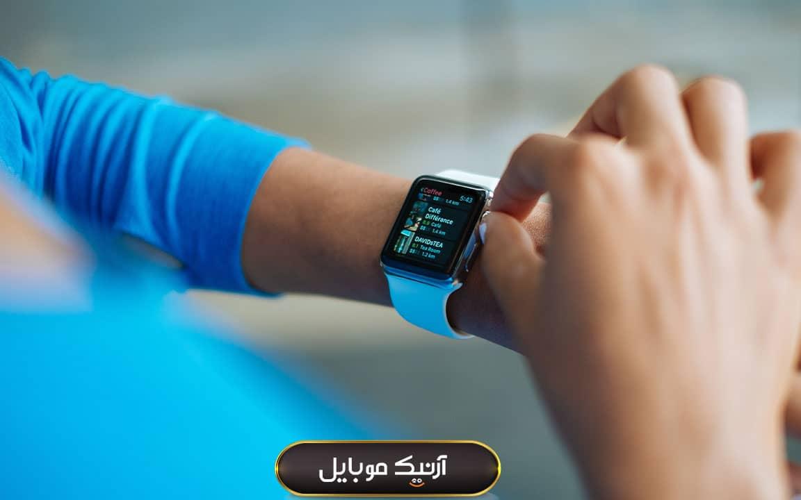 ساعت هوشمند به عنوان هدیه برای خوره های تکنولوژی